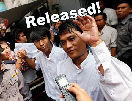 Bi Mon Te Nay journalists on their release from prison.