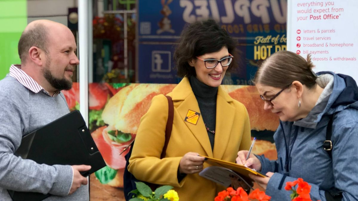 Layla Moran out collecting petition signatures