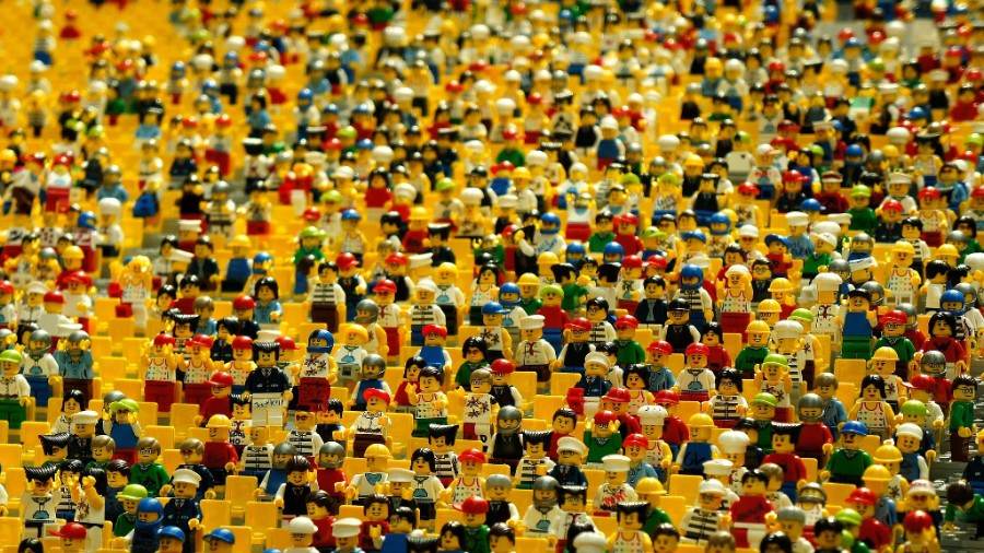 Crowd of Lego figures - CC0 Public Domain
