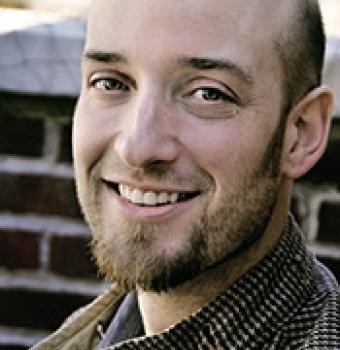Headshot of Seth Holmes