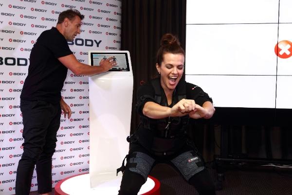 S bezdrátovým EMS přístrojem od XBody budete o krok napřed!