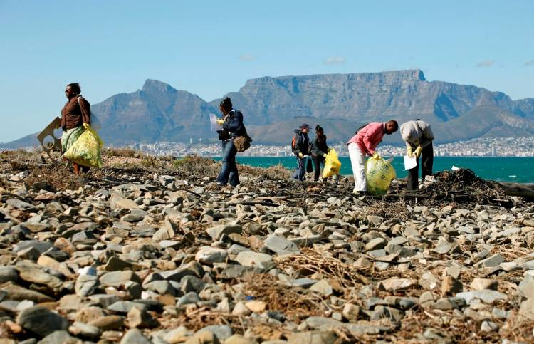 An estimated 85 000 recyclers or waste pickers operate in South Africa, cleaning urban and suburban spaces, and research by the Council for Scientific and Industrial Research shows they remove 80%-90% of the post-consumer products that are thrown away by society.