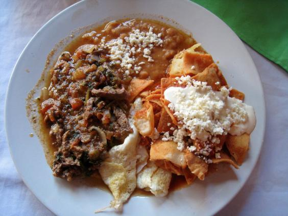 mexican-food-breakfast-chilaquiles