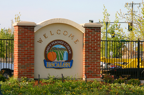 Escalon welcome sign