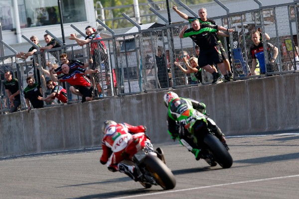 Haslam holds off O'Halloran to the line