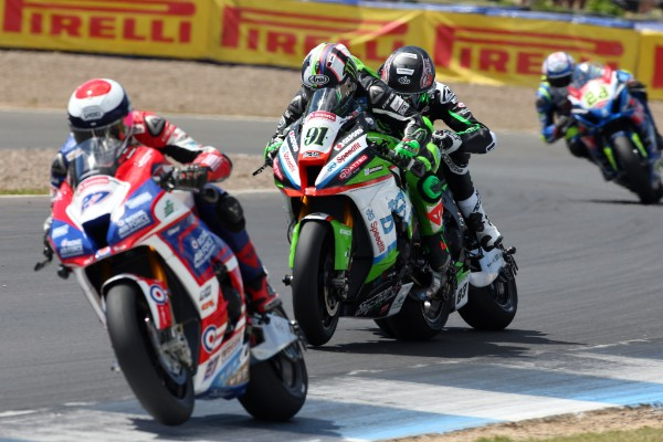 It was close in Bennetts BSB race one!