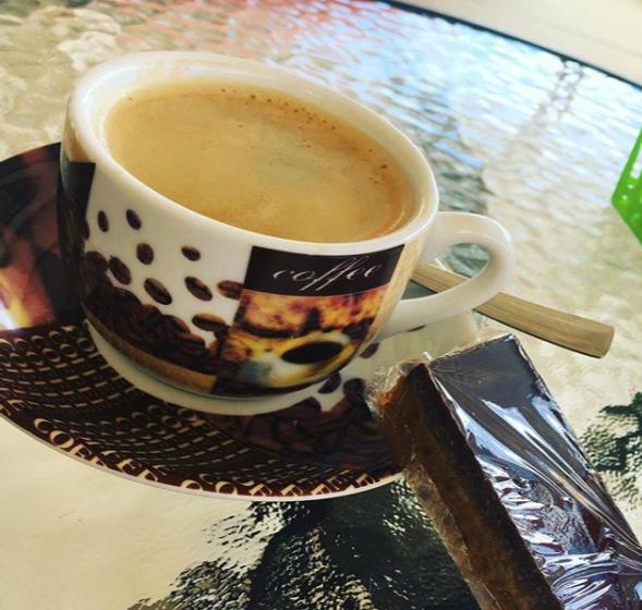 Coffee break in Yarraman