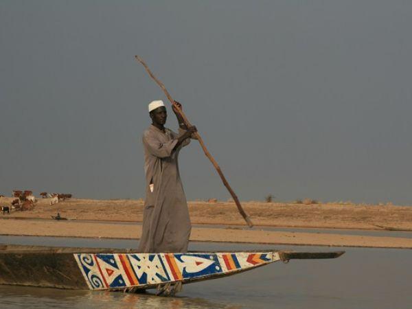 Mali boatman