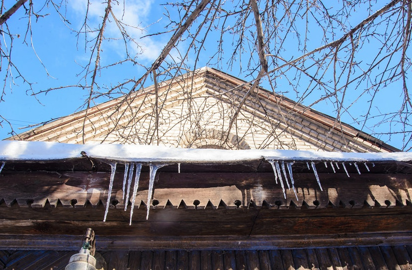 Checking Your Roof & Gutters After the Winter - Image 5