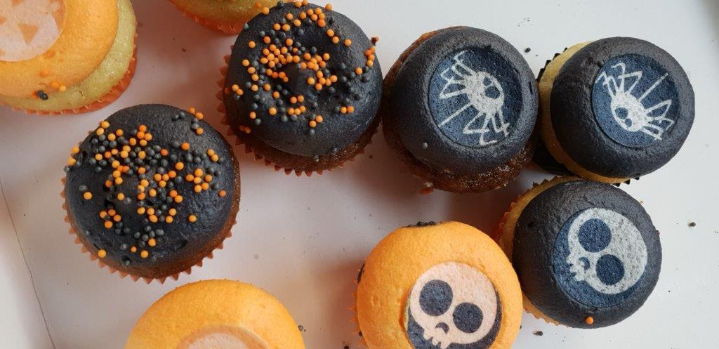 Halloween cup cakes bij Naron