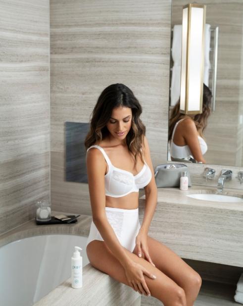 Fantasie lingerie Illusion bladde full cup bh grote cup online te koop bij Naron