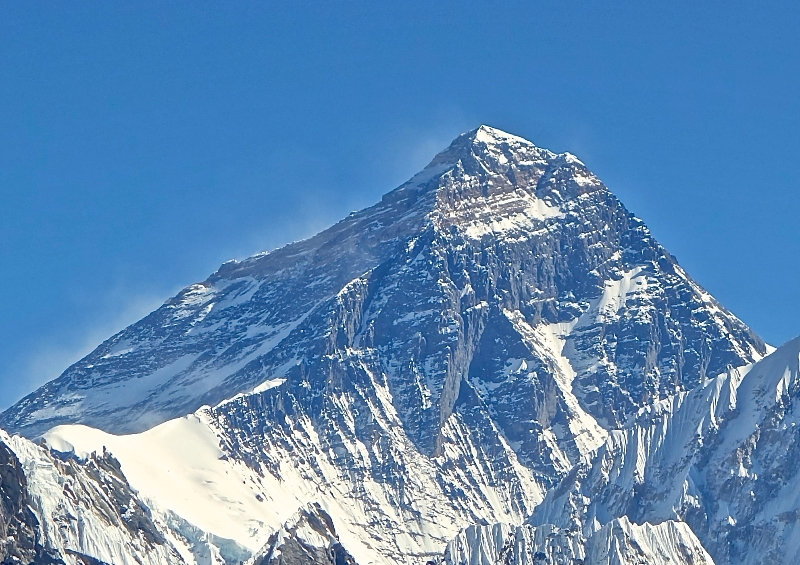 Mt. Everest from Gokyo Ri November 5  2012 Cropped669fcb