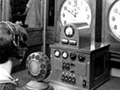 Build a Multilingual Speaking Clock