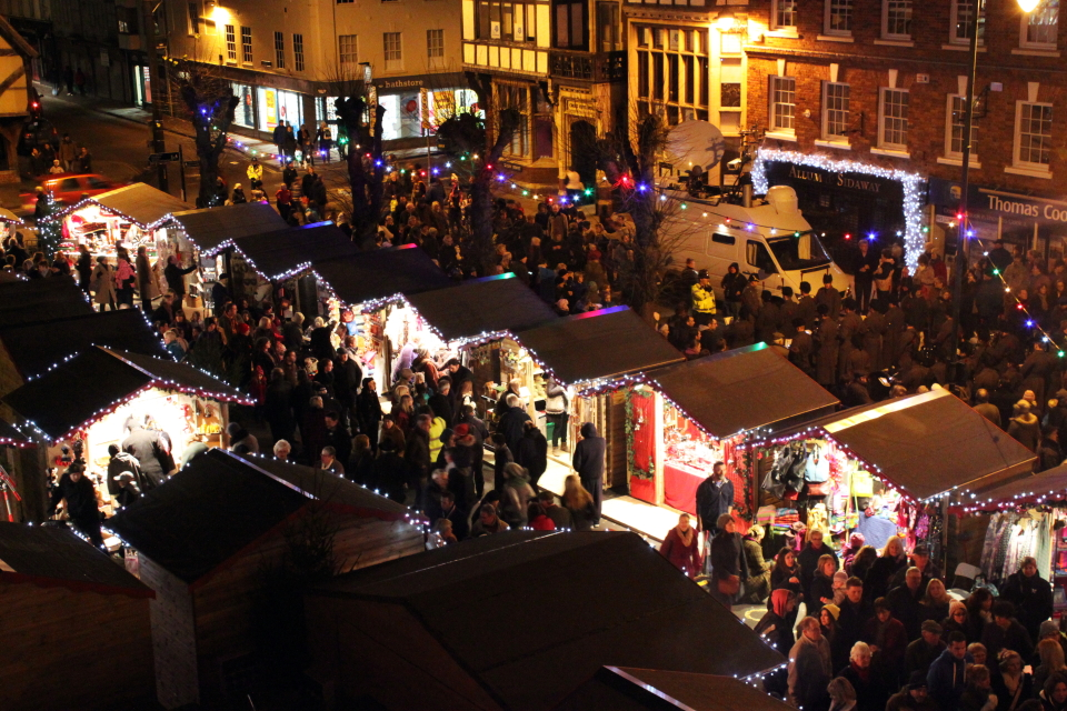 Salisbury Christmas Market (C) Simon Ward Photography