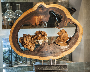 Golden Nuggets - Sculpture on permanent display in Zurich (PRIVATE COLLECTION)
