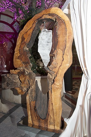Goddess - Sculpture on permanent display in London (PRIVATE COLLECTION)