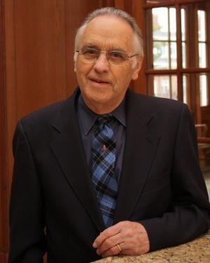 Andrew MacRae
