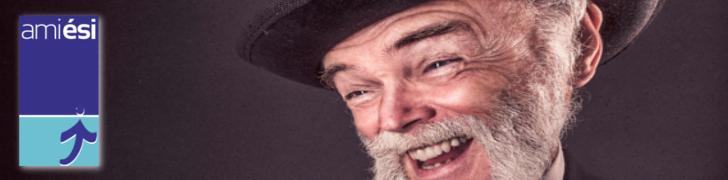 Logo de l'amicale de l'ESI avec un vieux type souriant
