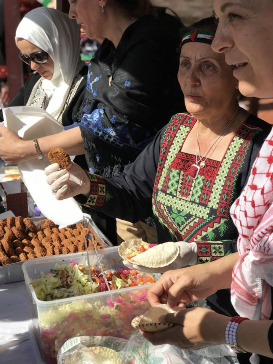 Palestinian women of Adelaide serve up a storm