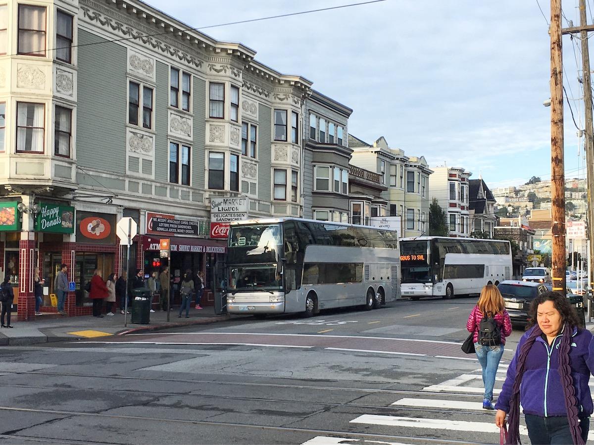 tech shuttle busse