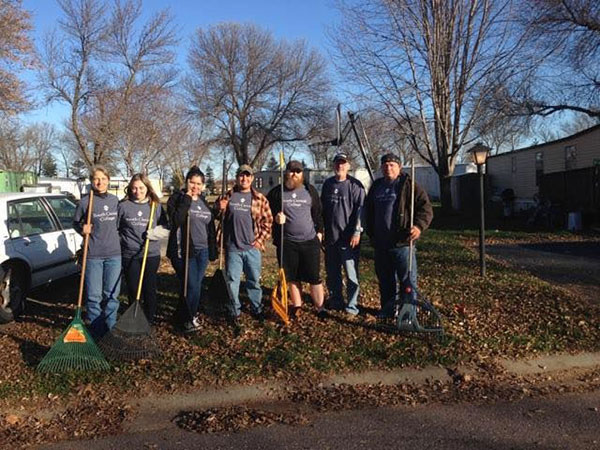 SCC Students Give Back | Rake the Town 2016