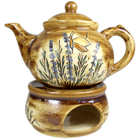 Teekanne mit passendem Stövchen
