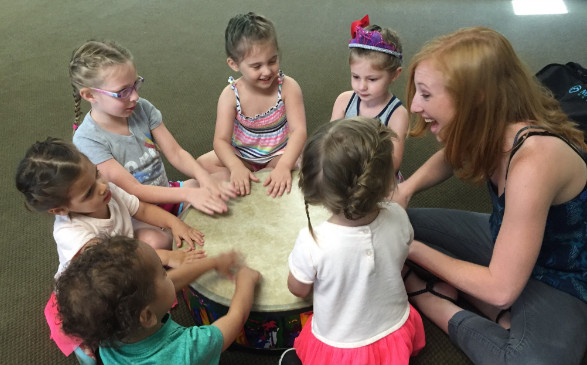 Kristi Hanson and kids