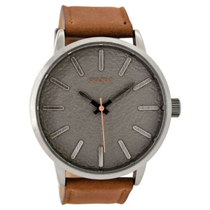 OOZOO Timepieces C9025 ανδρικό ρολόι XL με ασημί μεταλλική κάσα και κονιάκ δερμάτινο λουράκι