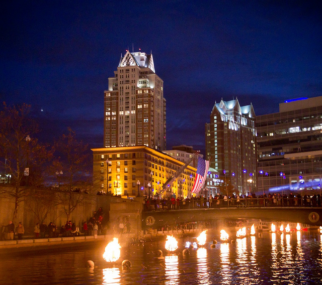 Braziers burning brightly at the 2013 WaterFire Salute to Veterans. Photo by Jessica Ho.