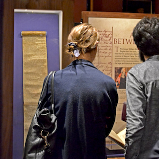 People at the Magna Carta exhibition (photo)