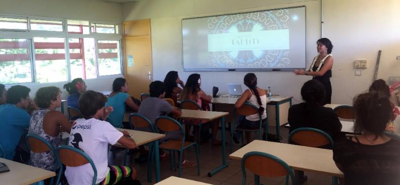 Tahiti Tourisme au mini carrefour des métiers du lycée de Papara