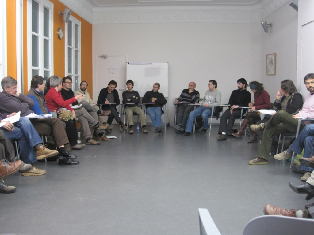 Imagen reunión grupos locales