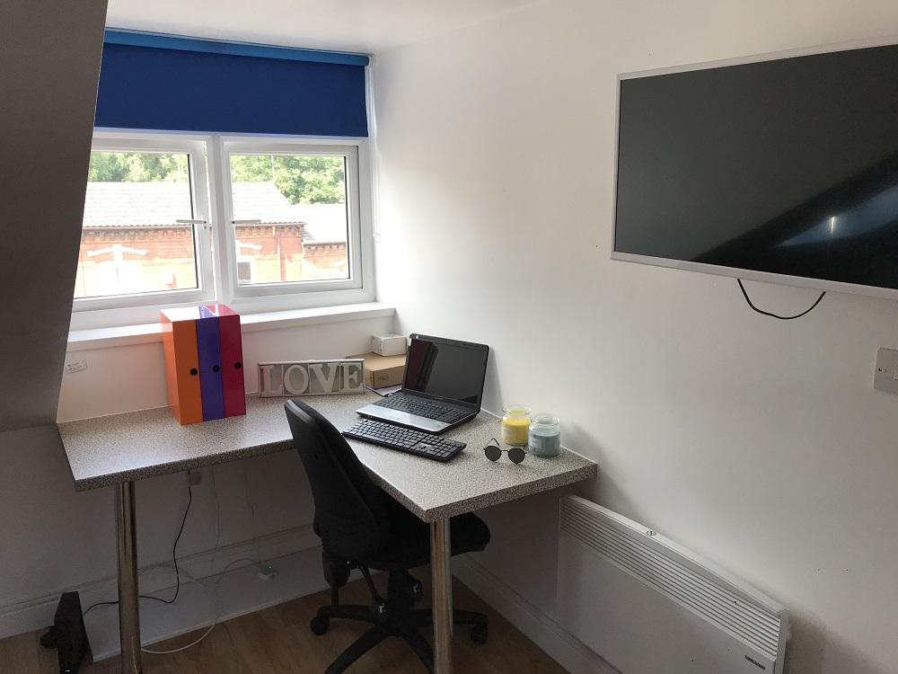 Studio Study desk