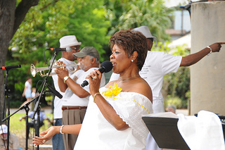 Irma Thomas Performing at Audubon Zoo