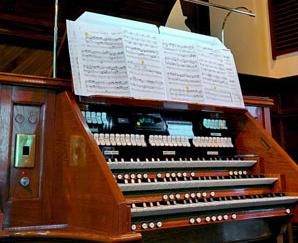 organ console Knox church