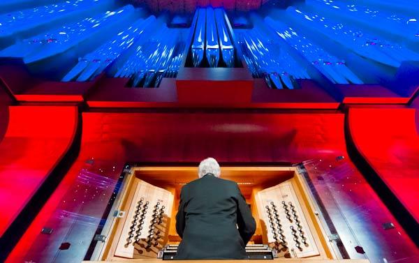 organist playing organ