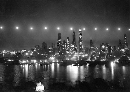 Manhattan (long exposure)