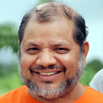 Pujya Guruji, Swami Tejomayananda