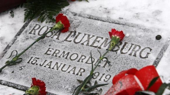 rosa luxemburg gravestone