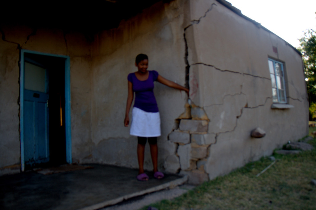 cracked house in Marikana