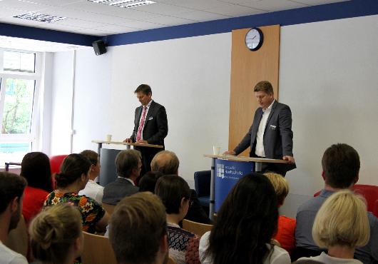 Einführungsvortrag mit Prof. Dr. Pfeffel und Tobias Knoch (DOA-Direktor)
