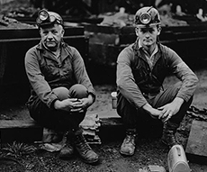Photographer Builder Levy's Appalachia USA Presented at The Ringling This Summer