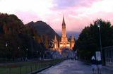 A Lourdes, le Rosaire*! Contemplazione