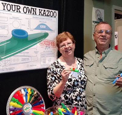 Jerry and Carolyn make their own Kazoo