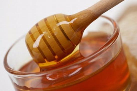 كيف نميز العسل الأصلي من العسل المغشوش؟