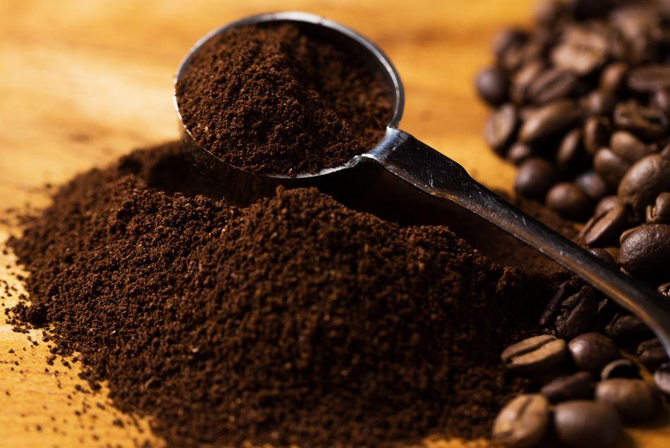 طريقة طبيعية لإخفاء الشيب باستخدام القهوة