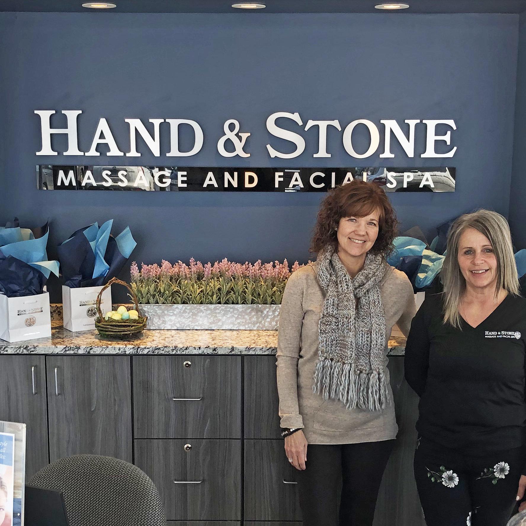 Hand & Stone Boulder