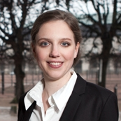 Rina Ronja Kari, spidskandidat for Folkebevægelsen