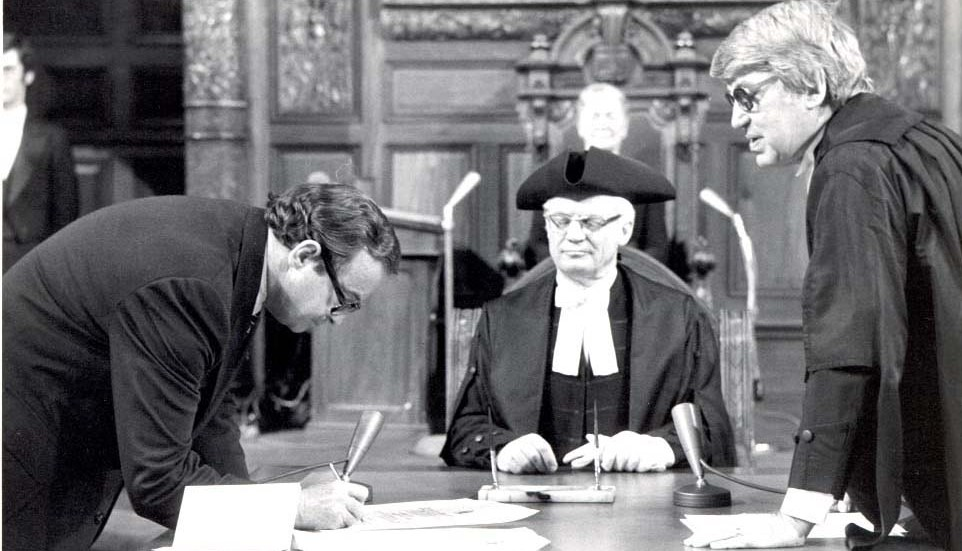 Image du premier Ombudsman de l'Ontario, Arthur Maloney