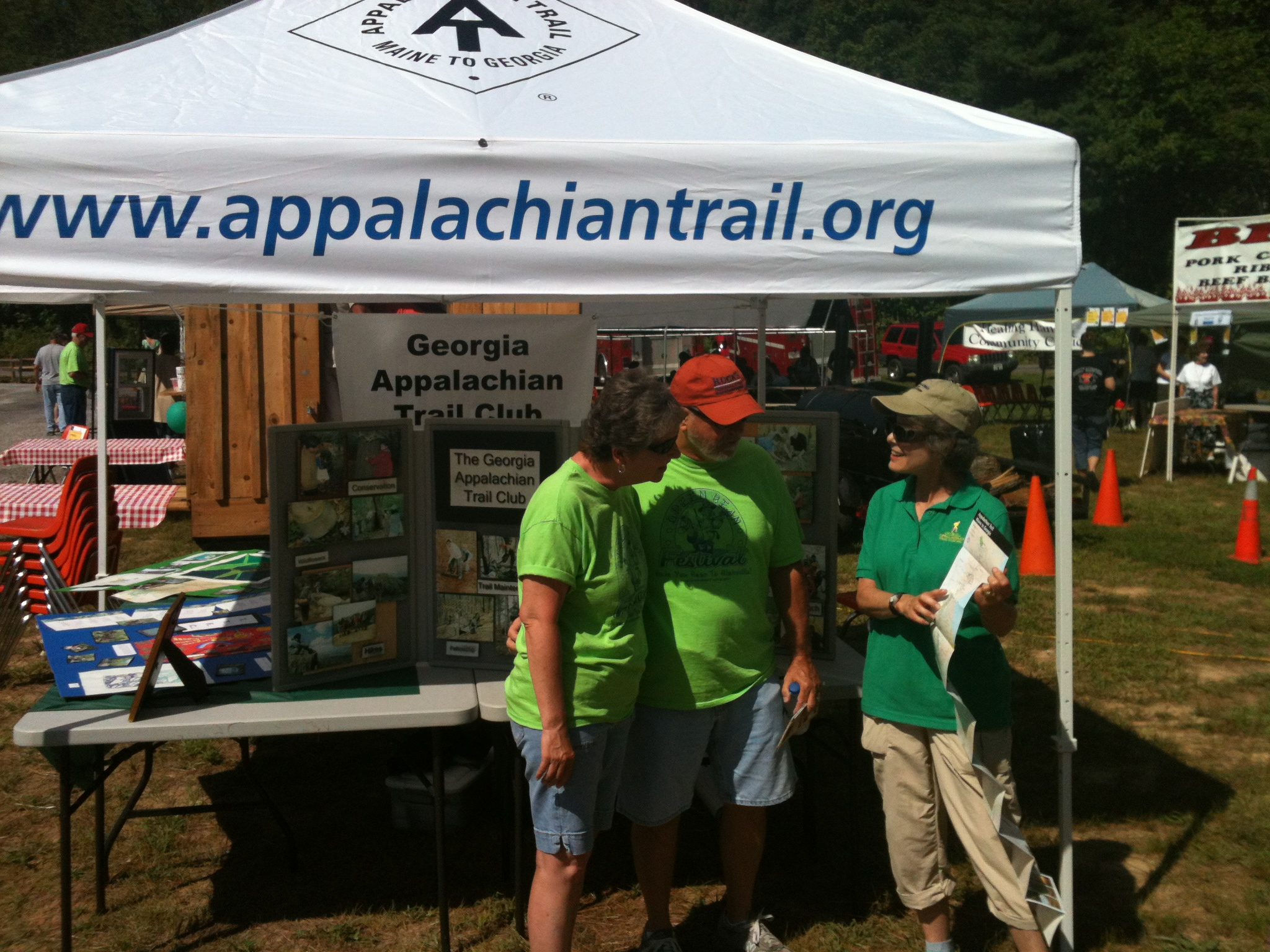 Jan Stansell talks to hikers